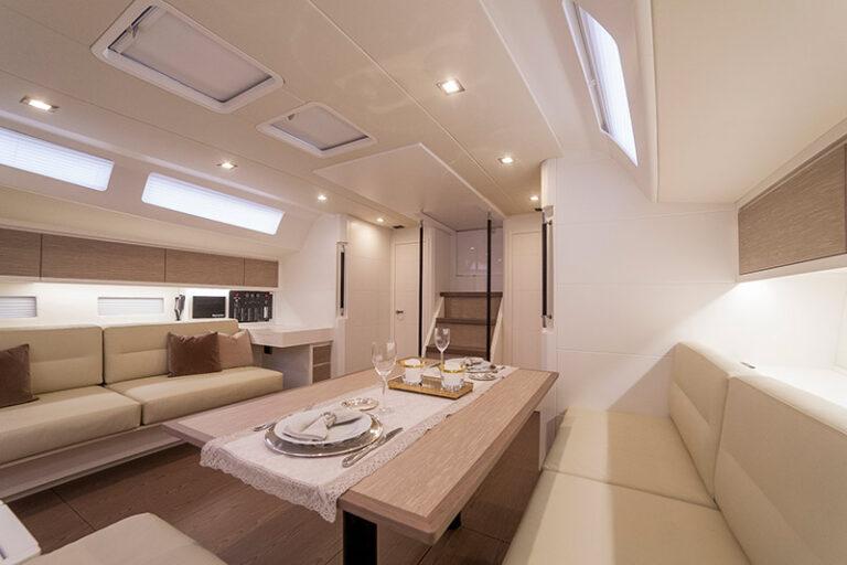 Ice 60 lounge