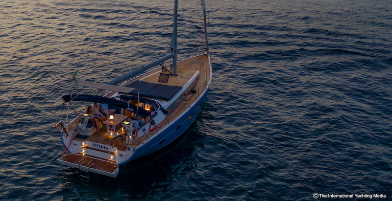 Kufner 54 at anchor 2