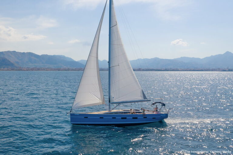 Kufner 54 sailing