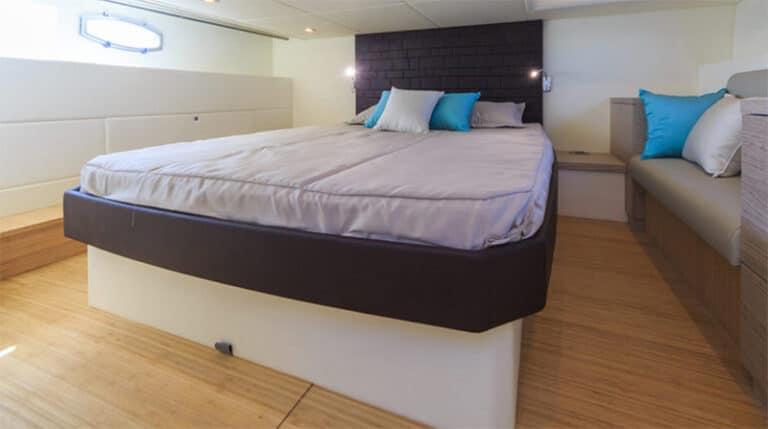 Rio Yachts Sport Coupé 44, master cabin