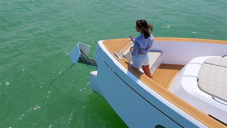 Quick Nautical Equipment video