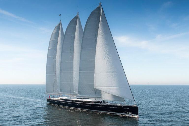 Sea Eagle under way