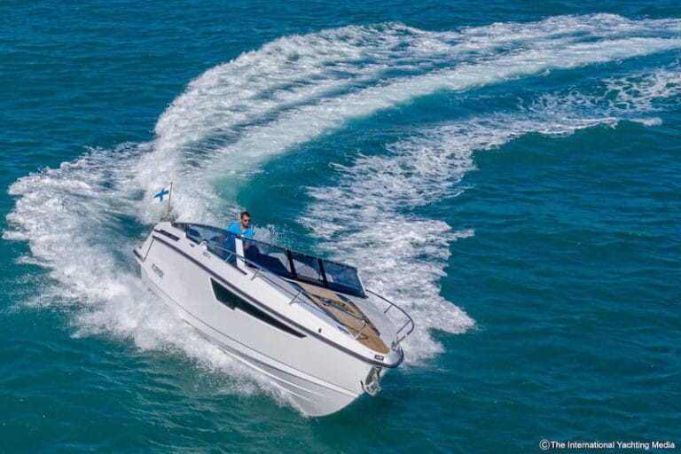 Flipper 900 DC speed