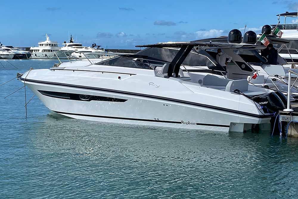 Rio Yachts Daytona premiere