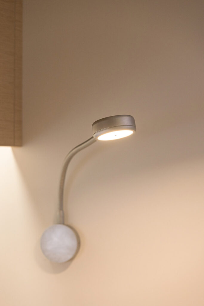 Ice 54 chart table lamp