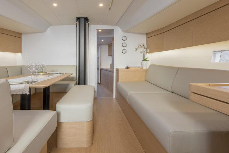 Ice 54 lounge