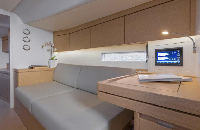 Ice 54 starboard sofa