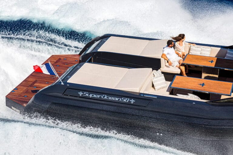 Superocean 58 aft sun deck
