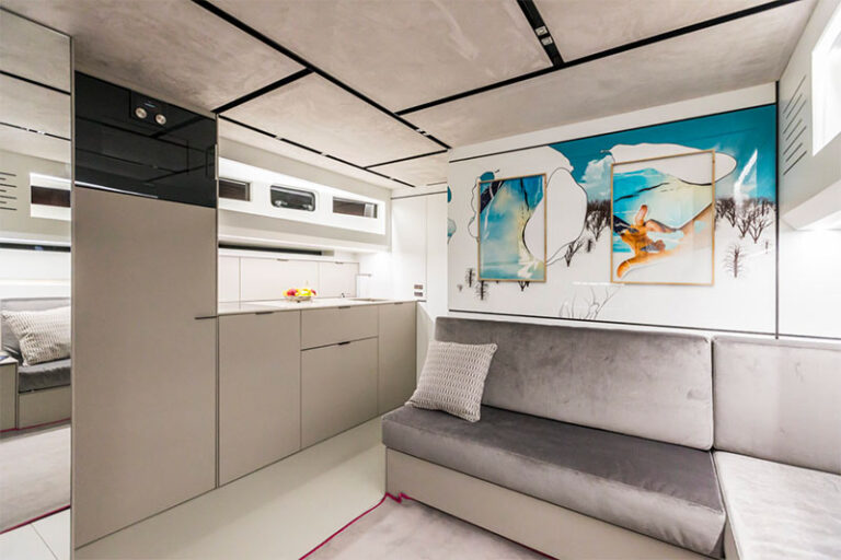 Evo R6 Custom interiors