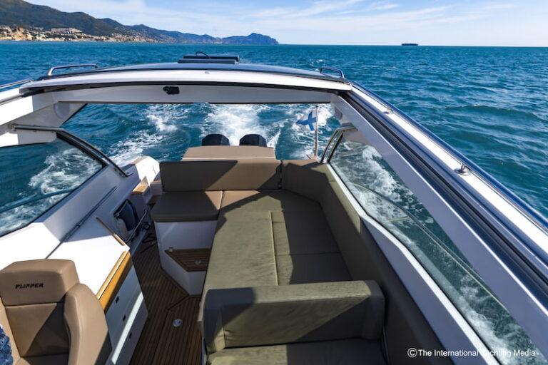 Flipper 900 ST T-Top