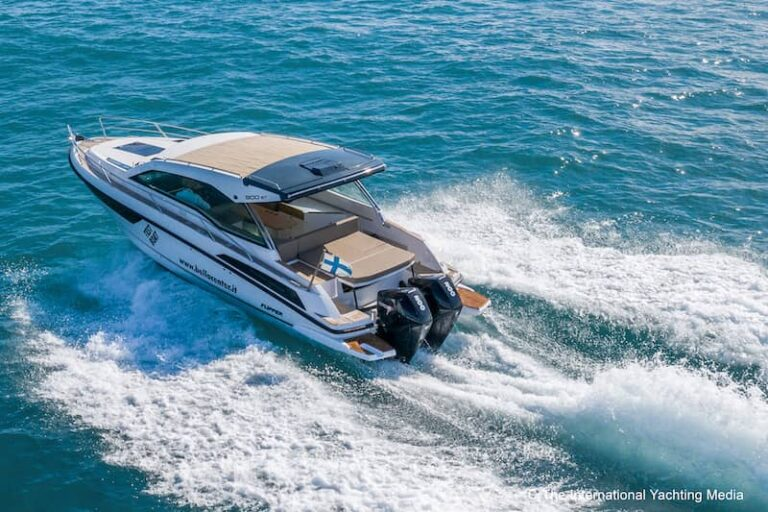Flipper 900 ST stern