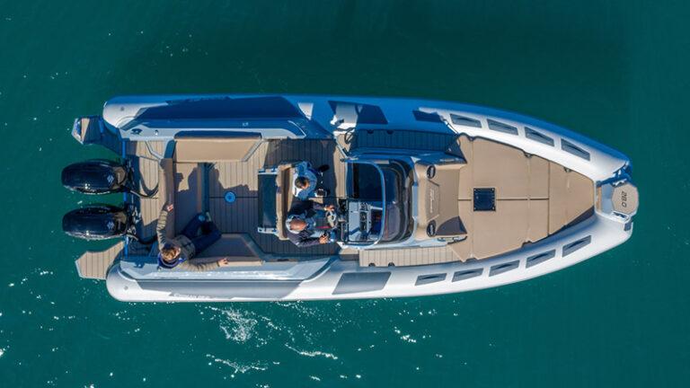 Ranieri Cayman 28.0 Executive top view
