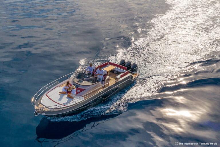 Sessa Key Largo 40 at sea 2