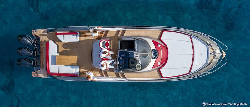 Sessa Key Largo 40 deck