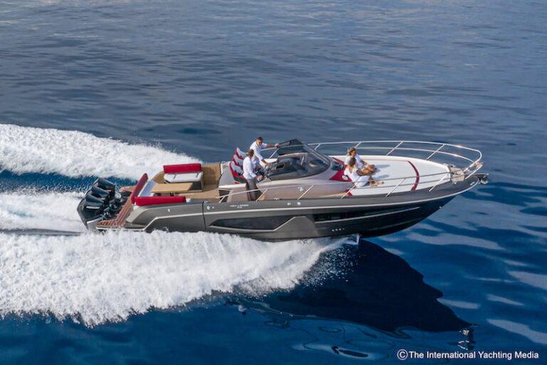 Sessa Key Largo 40 sailing