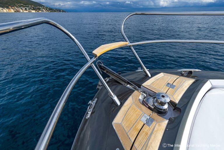 Sessa Key Largo 40 windlass
