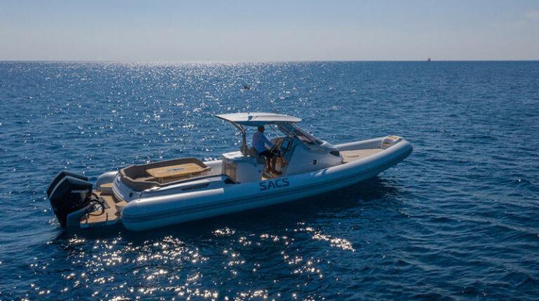 sacs strider 11 limousine, starboard side