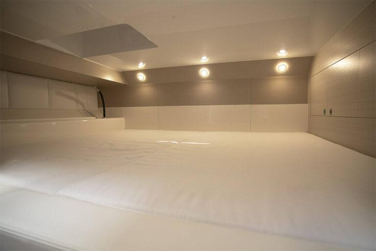 sacs-rebel-40-VIP-cabin