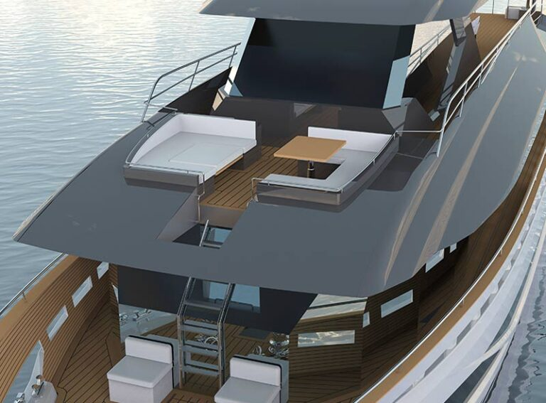 Futura 101 Hybrid stern