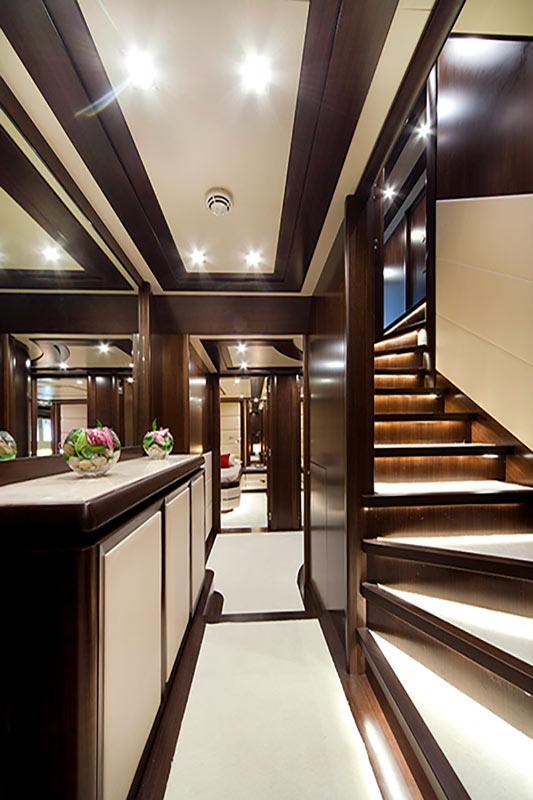 filippetti navetta 30, lower deck