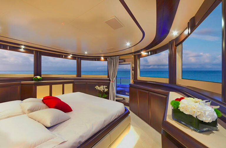 filippetti navetta 30, master cabin