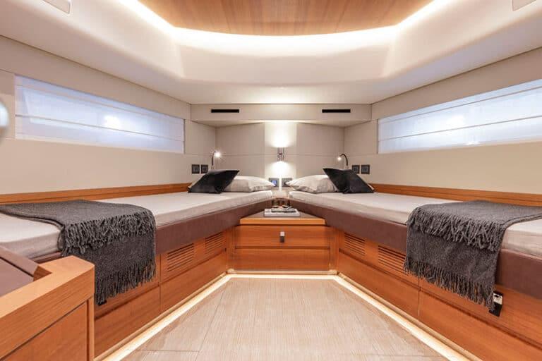pardo-endurance-60-VIP-cabin