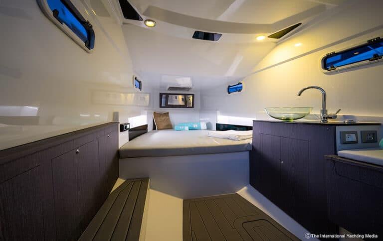 Pirelli 35 interiors