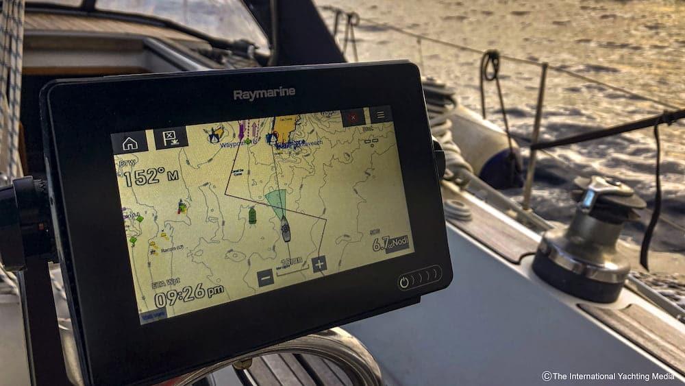 Raymarine Axiom 7 Test
