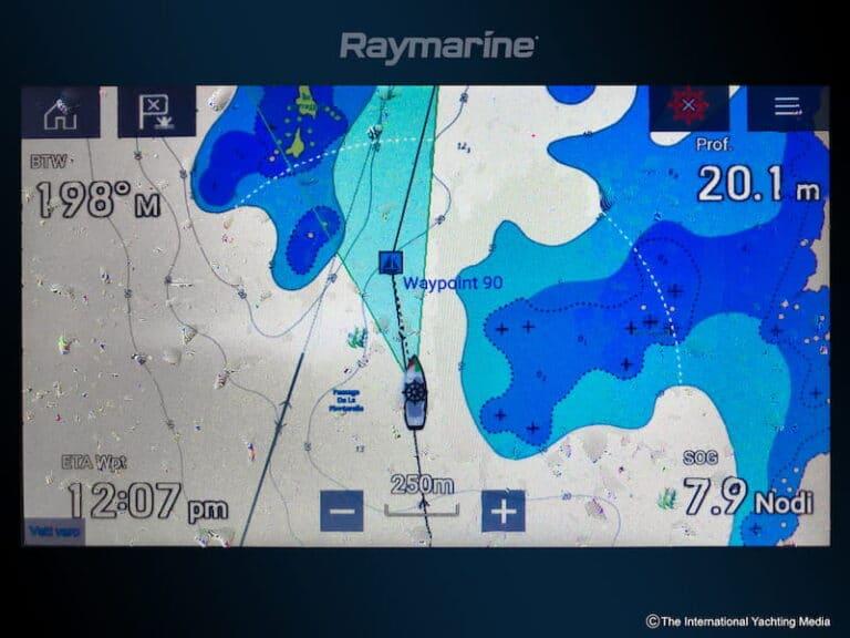 Raymarine Axiom 7 display