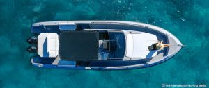 boat top view